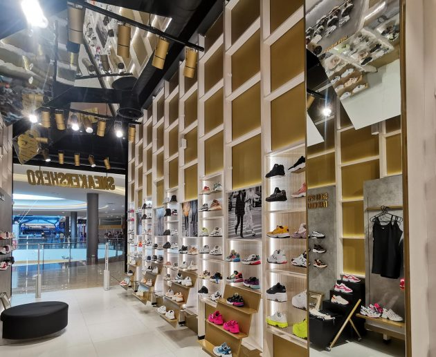 SNEAKERSHERO Store | Nicosia