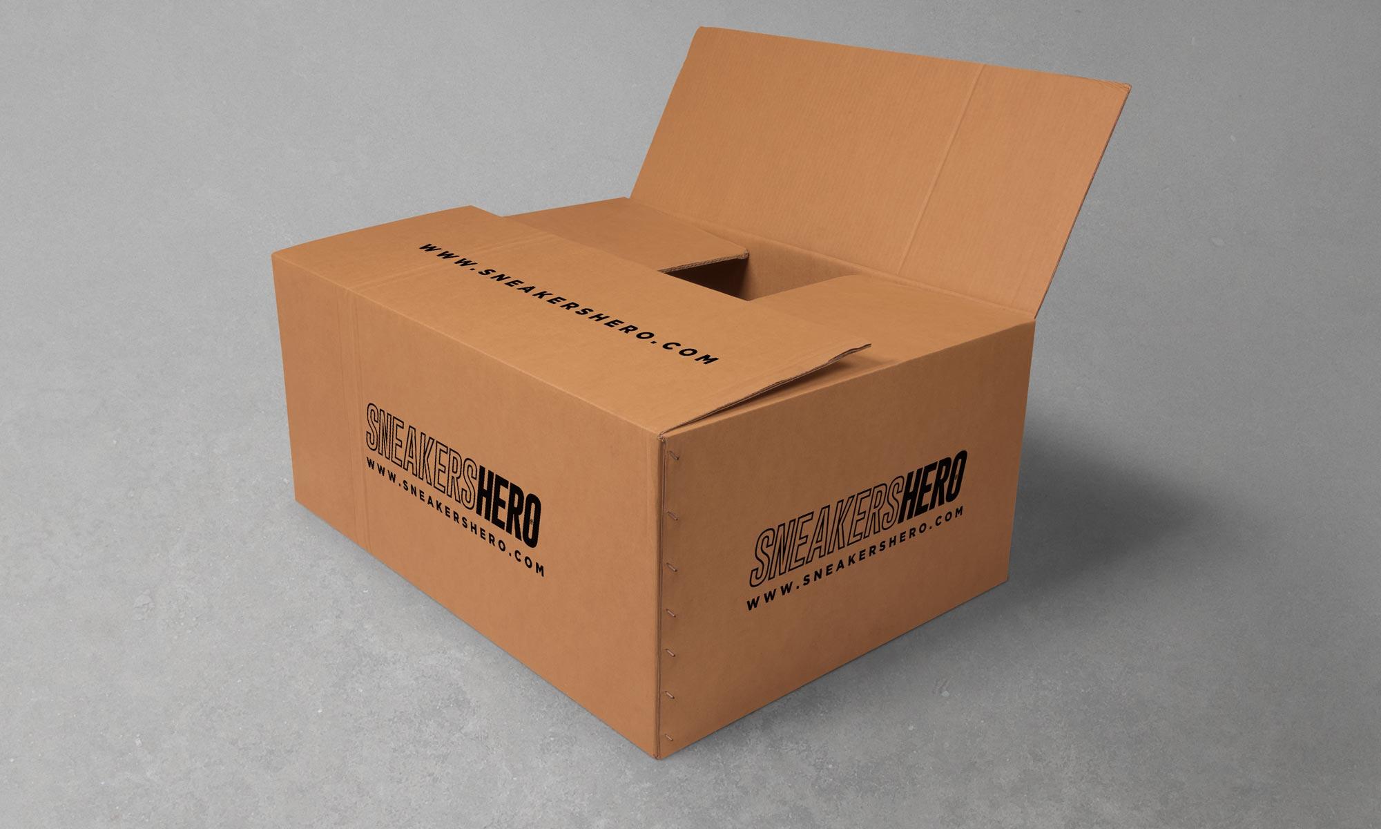 https://www.atelierzoz.com/wp-content/uploads/2020/03/works_sneakershero-3.jpg